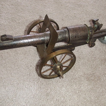 WW1 Trench Art Artillery Gun - Military and Wartime