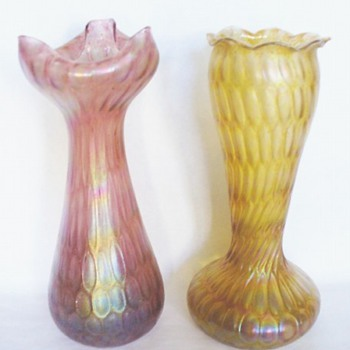 AN UNUSUAL RINDSKOPF HONEYCOMB - Art Glass