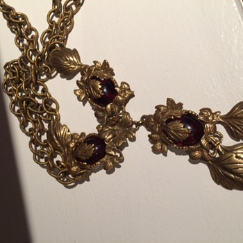 Miriam Haskell Necklace? Not sure, unmarked - Costume Jewelry