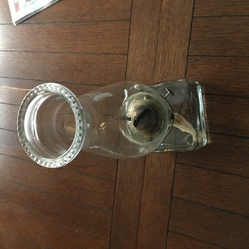 Square base oil lamp