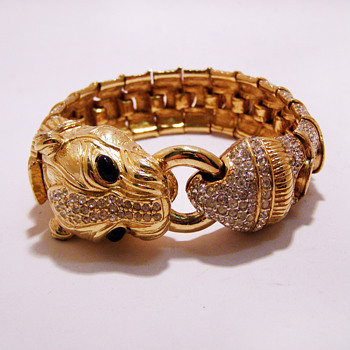 Vintage Ciner Panther Foo Dog Rhinestone Bracelet - Costume Jewelry