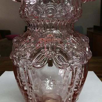 Stunning vase mystery!