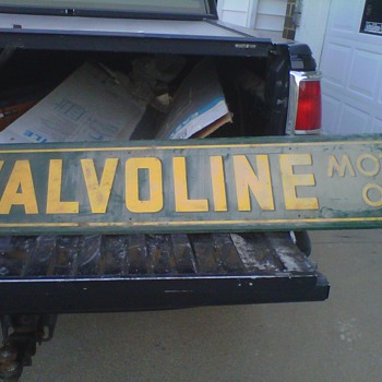 1954 VALVOLINE signs  can't find one close to it - Signs