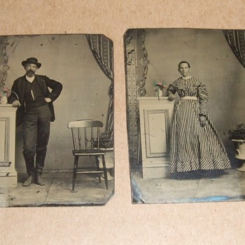 Pair of tinted tintypes - Photographs