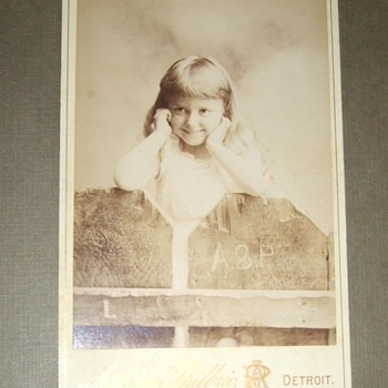 Photo studio advertising cabinet card