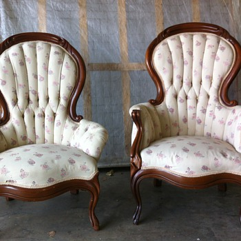 Antique French Victorian Round Back His and Hers Chairs - Victorian Era