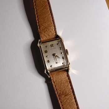 1948.5 Hamilton Milton 14K - Wristwatches