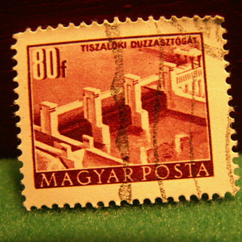 Vintage 80F Magyar Posta ~ Hungary - Stamps