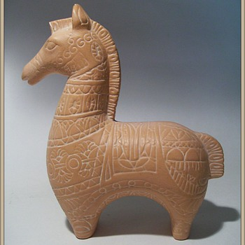 Ceramic Horse (....In the style of Bitossi... ) - Art Pottery