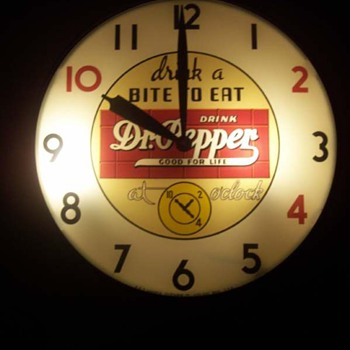 Dr. Pepper 10-2-4 clock