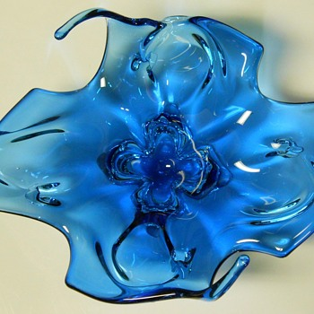 Canadian Art Glass Centre Piece, Circa 1960-70