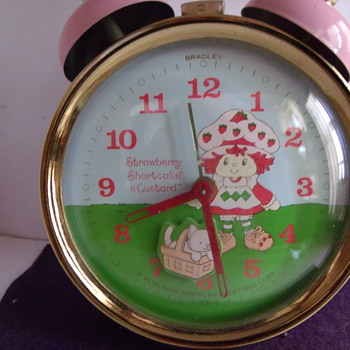 Animated Strawberry Shortcake and Custard Alarm Clock - Clocks