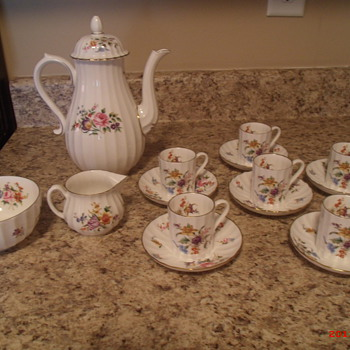 Royal Worcester Roanoke pattern coffee service - China and Dinnerware