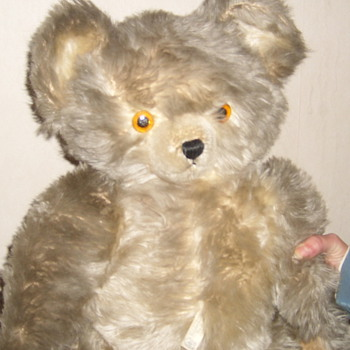 Just found Knickerbocker bear - Dolls