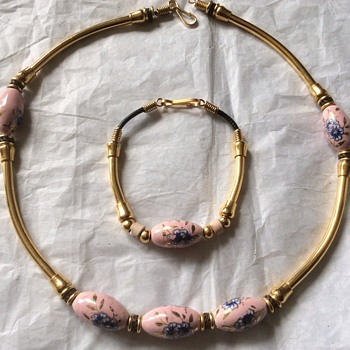 Hand painted necklace and bracelet - Costume Jewelry