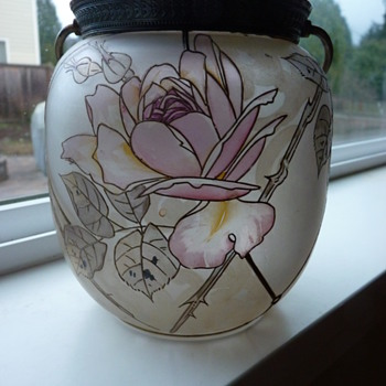 Mt Washington Royal Flemish Cracker Jar.  - Art Glass