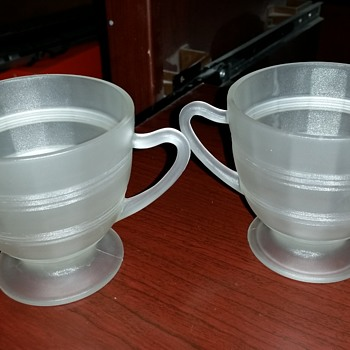 Sugar and creamer set - Glassware