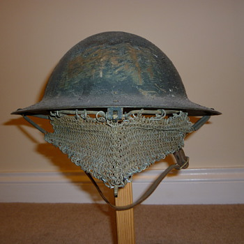 Late WW1 Experimental Visor