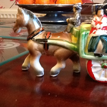 Japanese ceramic horse and cart table lighter - Tobacciana