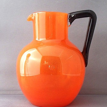 SCHNEIDER / LOETZ  ORANGE TANGO PICTHER. - Art Glass