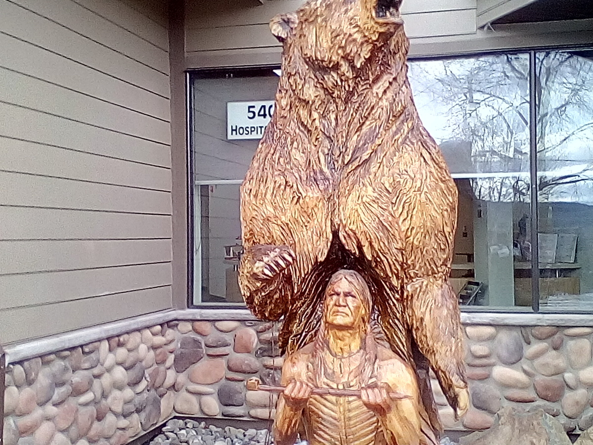Road trip chainsaw carvings collectors weekly