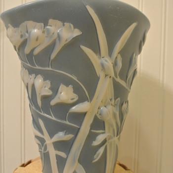 Phoenix Sculptured Artware Freesia Fan Vase