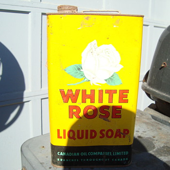 liquid soap  from white rose  - Petroliana