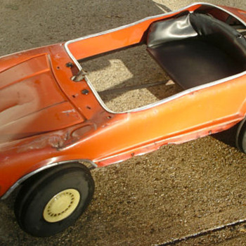 Porsche Pedal Car (landfill rescue) - Model Cars