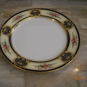 TIFFANY PLATE - UNKNOWN PATTERN - China and Dinnerware