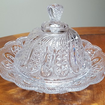 Butter Dish in Indiana Feather