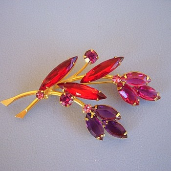 Flower Brooch Red Amethyst Pink Rhinestones Golden