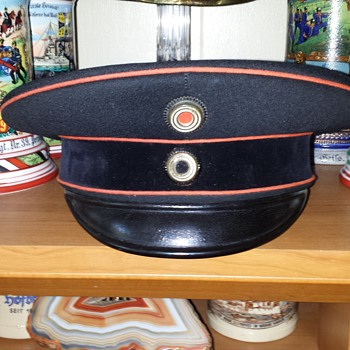 Imperial German officer's schirmmütze (visor cap) of the Prussian Versuchskompanie (Motorized), (later Kraftfahr Battalion)   - Military and Wartime