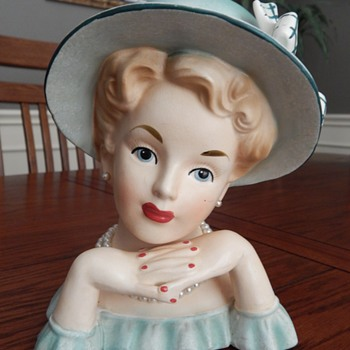 Sitting down for tea - lady head vase