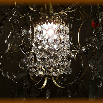 VINTAGE -- SCHONBEK & Co.  Crystal Chandelier  - Lamps