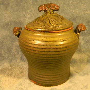 Posting a unique pottery pot for pottery lovers viewing pleasure! - Pottery