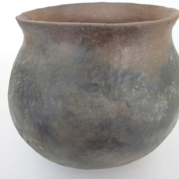 Early Plain Ware Pot - Pottery