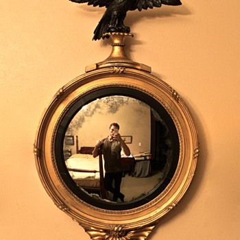 American Federal or English Convex Girandole Mirror (c.1800-15) - Furniture
