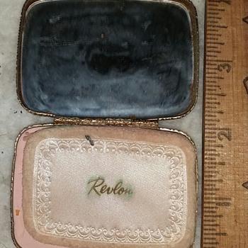 Revon Misty Rose Compact - Accessories