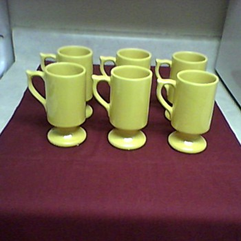 A SET OF  MC COY MUGS - Art Pottery