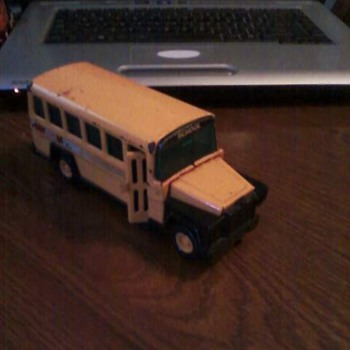 small buddy l nice bus 50 cent find flea market - Model Cars