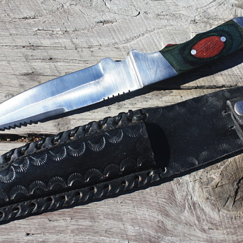 FIXED BLADED HUNTING KNIFE Made In PAKISTAN