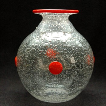 daum bubble glass vase circa 1914