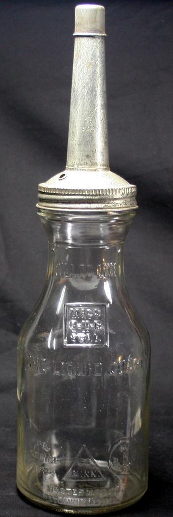 Vintage original 1930 39 s duraglas master mfg 1 quart glass for Motor oil plastic bottle manufacturer