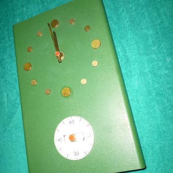 Atomic Age Clock
