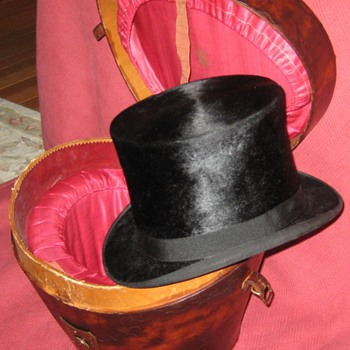 Antique Knox Hat Co. Beaver Silk Top Hat And Leather Case