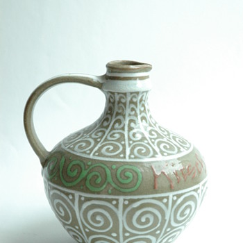 small art deco pitcher byLEON ELCHINGER