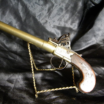European flintlock pistol