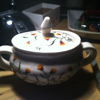 Sugar bowl with flowers - China and Dinnerware