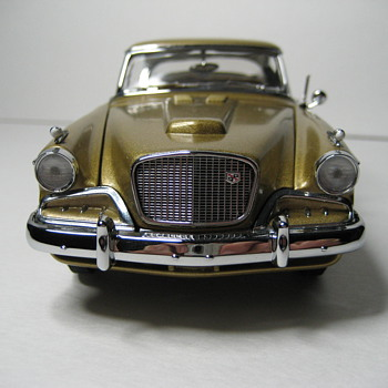 1957 Studebaker Golden Hawk Die-cast Replica