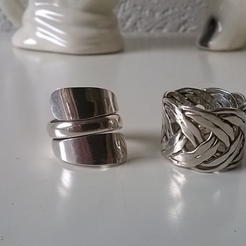 Swapped An .800 Silver Novelty Pocket Ash Tray For 2 Sterling Silver Rings - Sterling Silver
